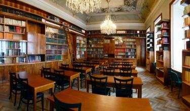 Uzavření knihovny Archeologického ústavu
